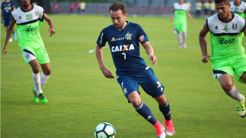 Everton Ribeiro Flamengo Barra da Tijuca 2017