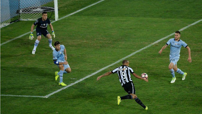 Roger Botafogo Grêmio Libertadores 2017