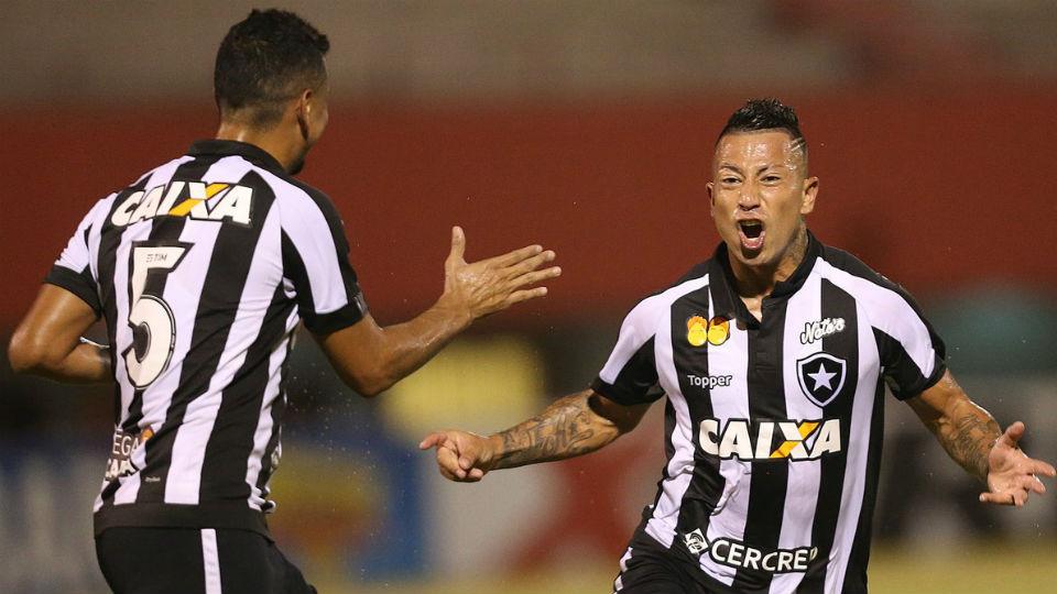 Leo Valencia Botafogo Nova Iguaçu Carioca gol 2018