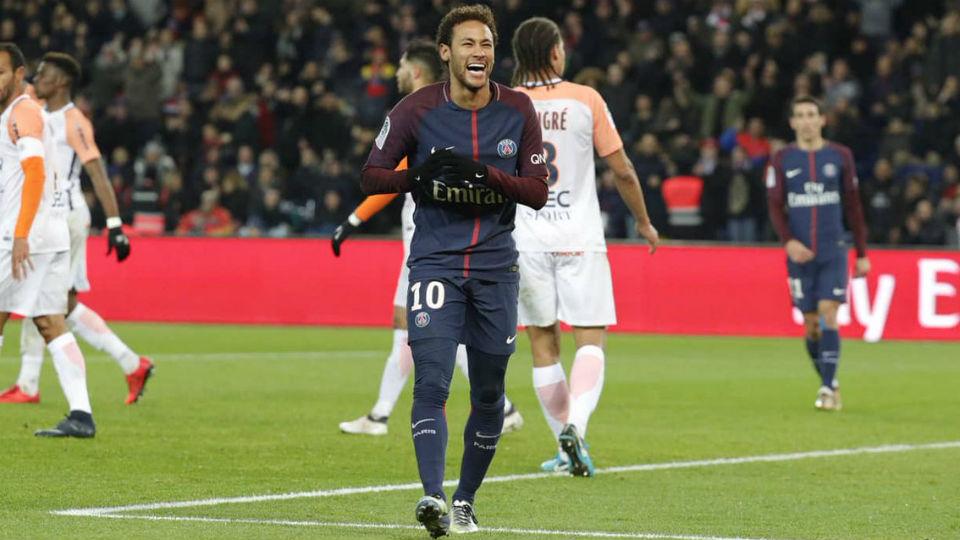 Neymar PSG rindo gargalha