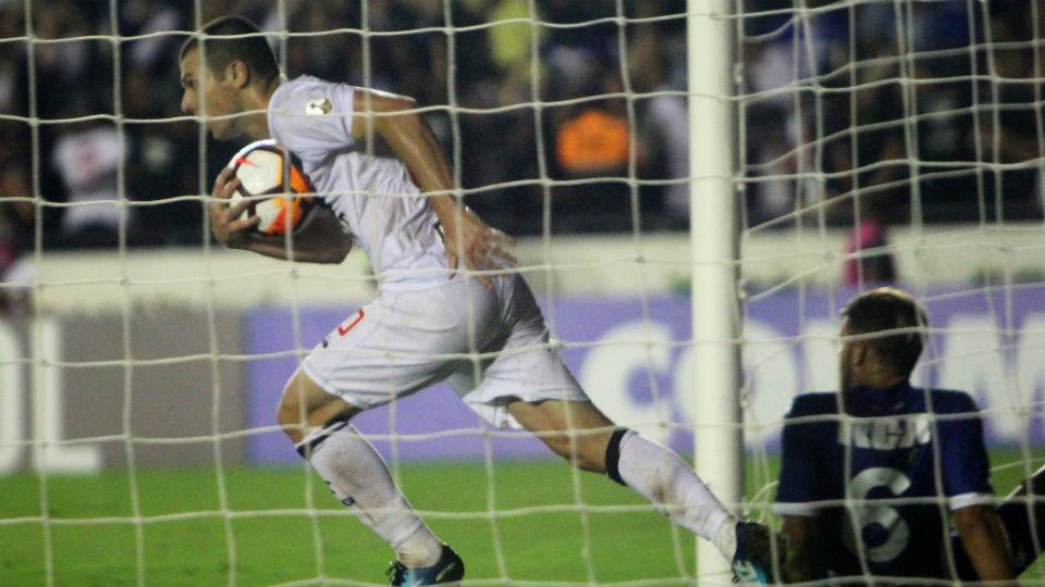 Wagner Vasco Libertadores gol 2018 Racing