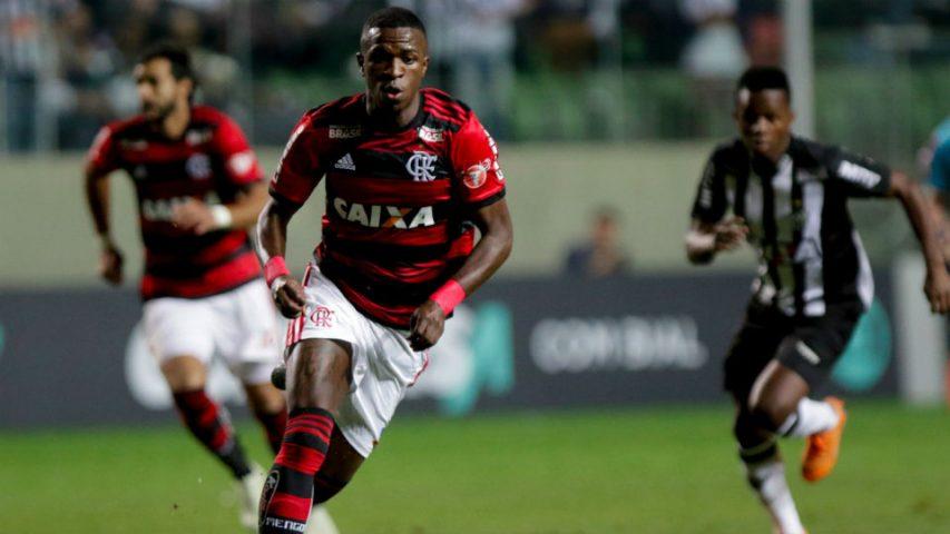 Vinicius Junior Flamengo Atletico-MG 2018