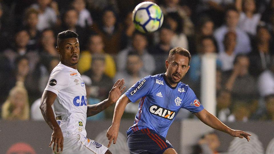 Everton Ribeiro Flamengo azul 2018