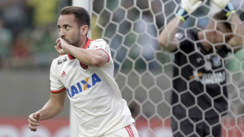 Everton Ribeiro Flamengo 2018 América-MG