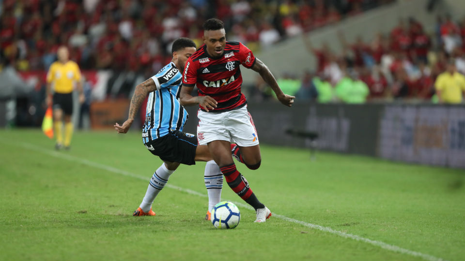Vitinho Flamengo Grêmio Maracanã 2018