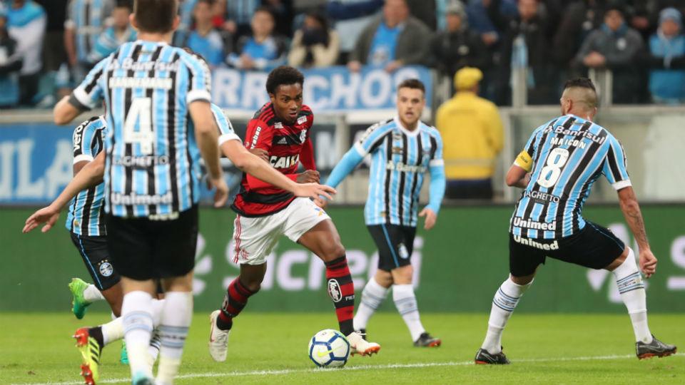Vitinho estreia Flamengo 2018