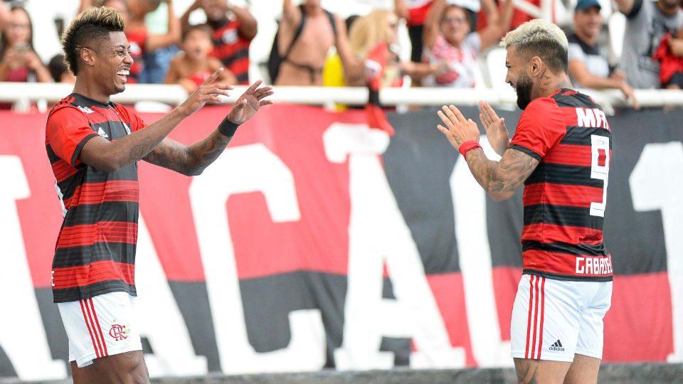 Bruno Henrique Gabigol Flamengo estreia 2019 Botafogo