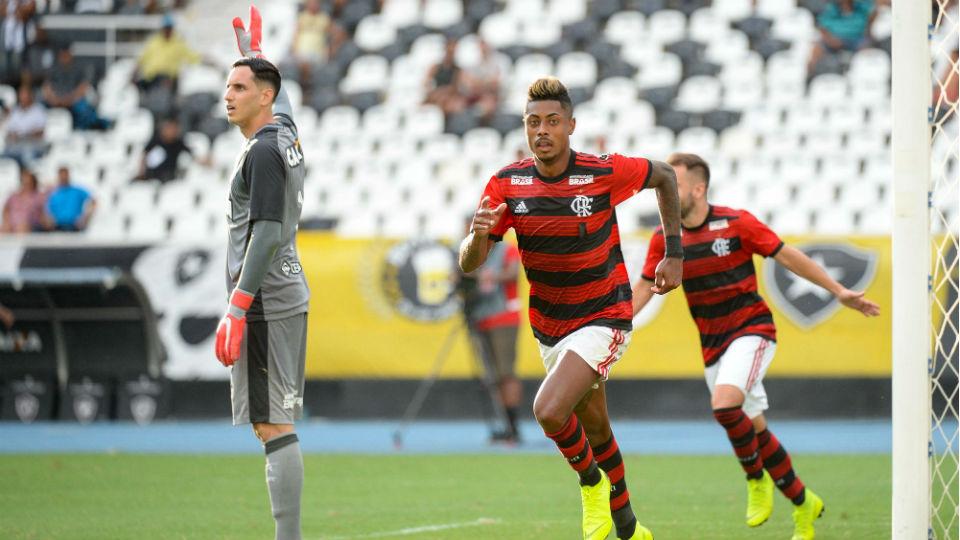 Flamengo Bruno Henrique gol estreia 2019 Botafogo