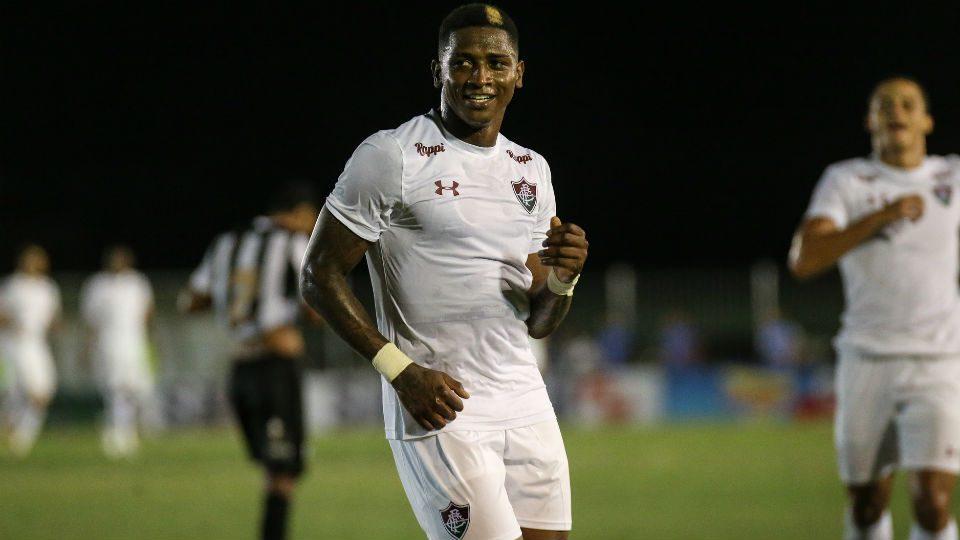 Yony González 2019 estreia Fluminense