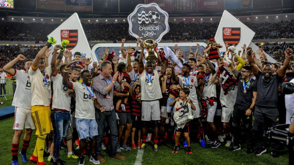 Flamengo campeão carioca 2019 taça Juan