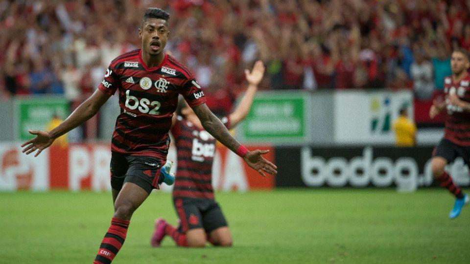 Bruno Henrique gol Vasco Brasília 2019 Brasileiro