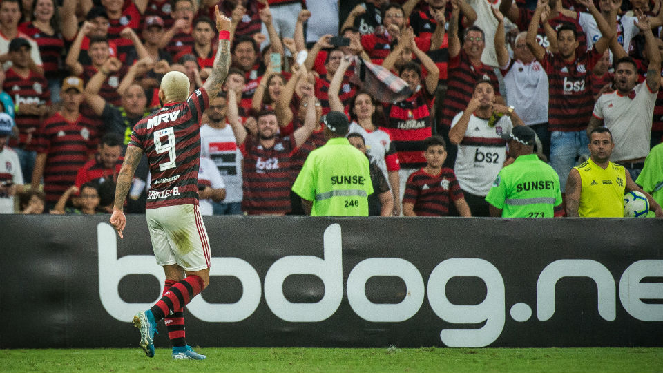 Gabigol Flamengo gol Santos Maracanã Brasileiro 2019