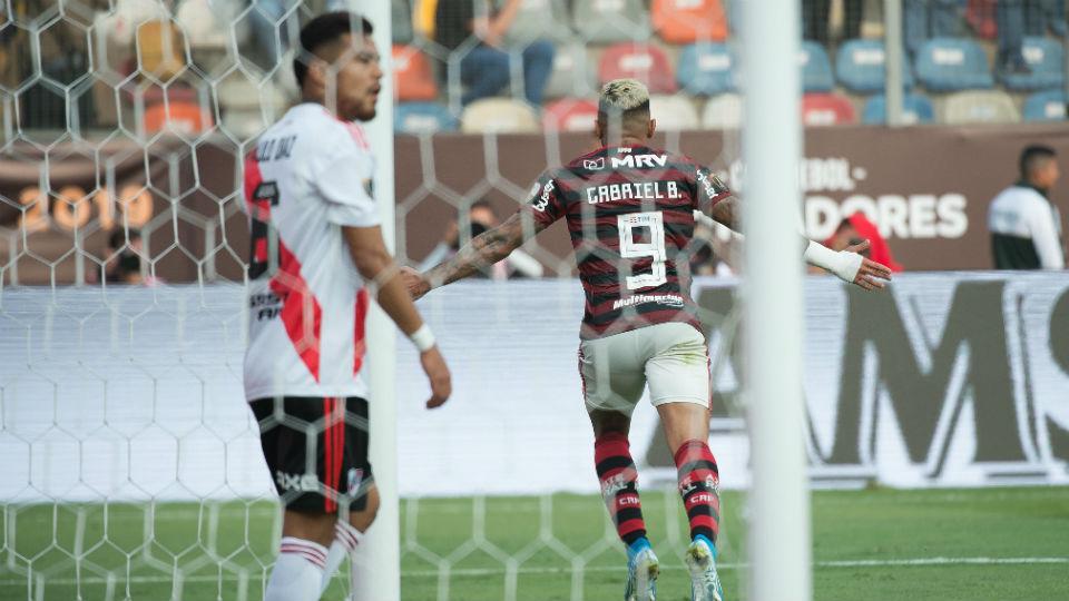 Gabigol gol River Libertadores 2019
