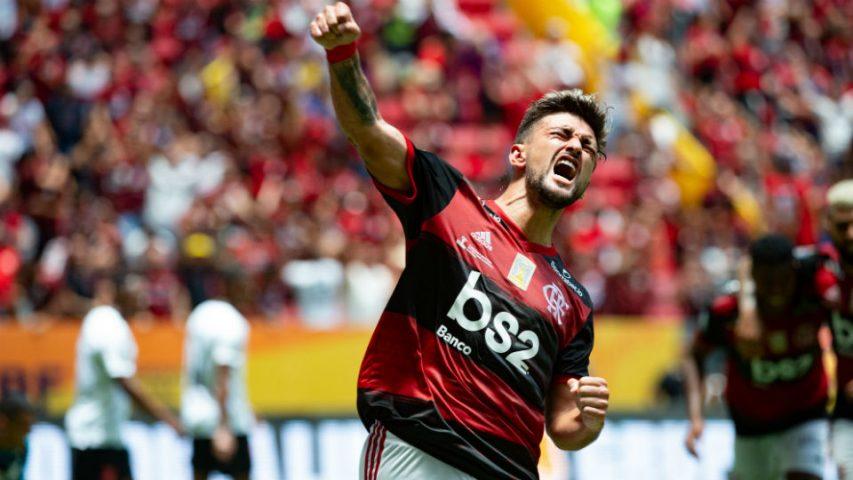 Arrascaeta gol Flamengo Supercopa do Brasil 2020