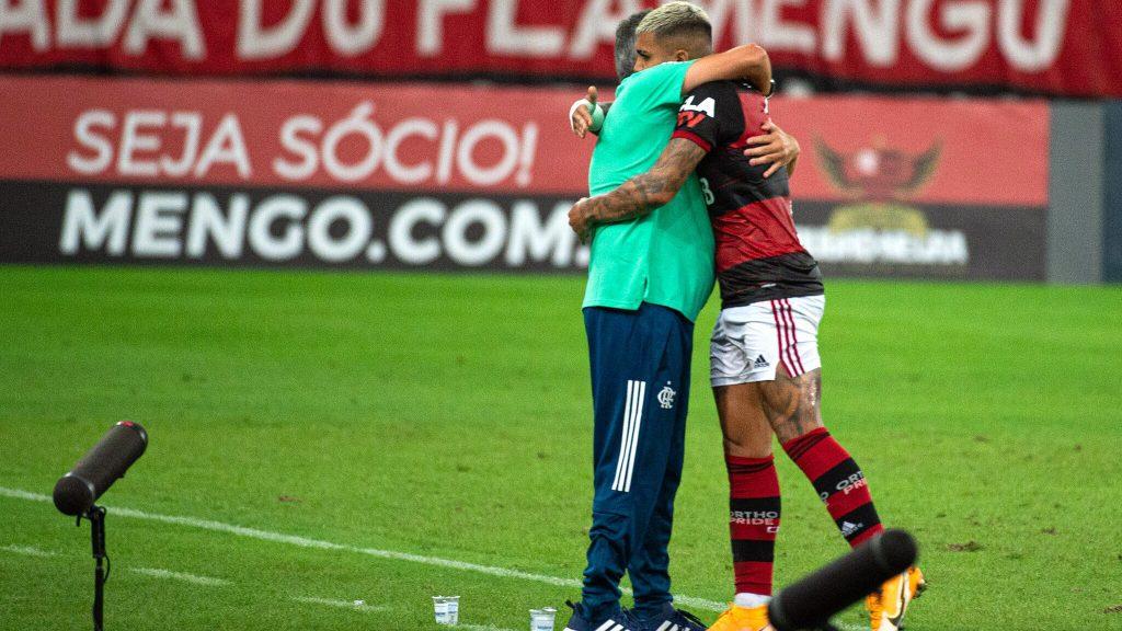 Domenec Torrent Gabigol abraço Flamengo