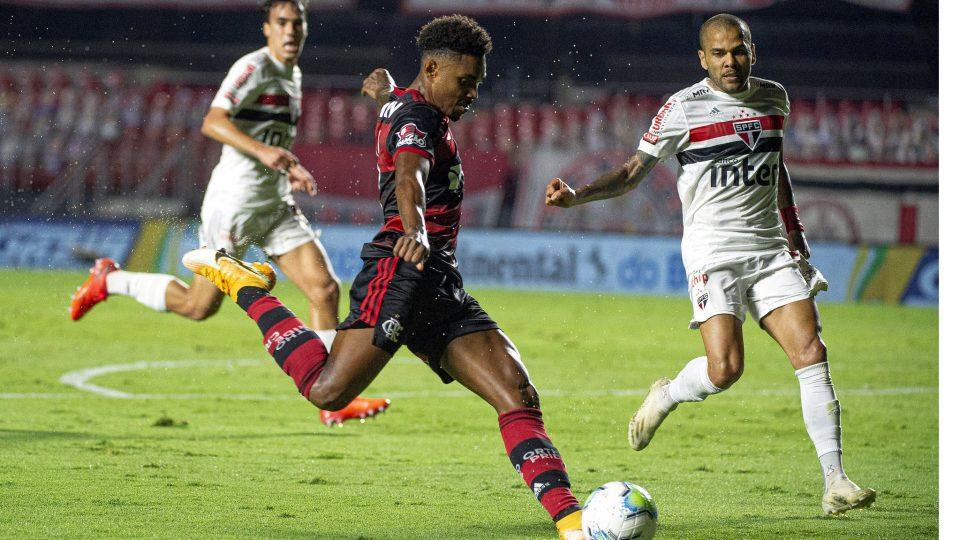 Vitinho Flamengo São Paulo Morumbi Copa do Brasil 2020