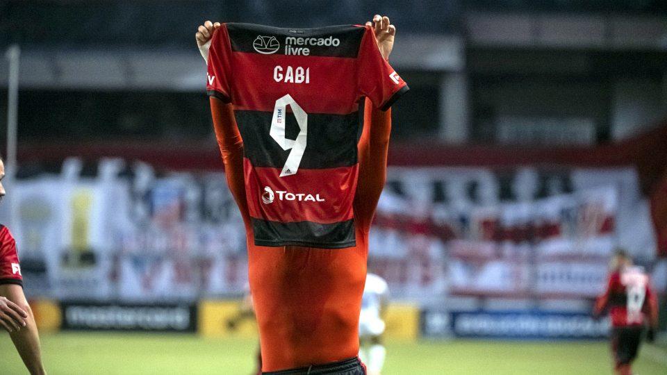 Gabigol recorde Libertadores gols iguala Zico 2021 LDU